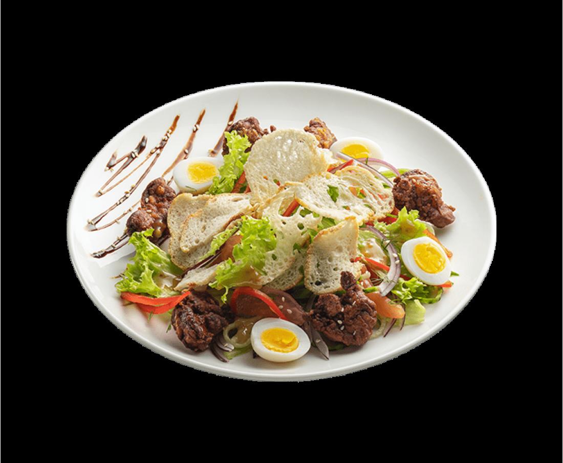 Теплий салат з курячою печінкою та гірчичним соусом
