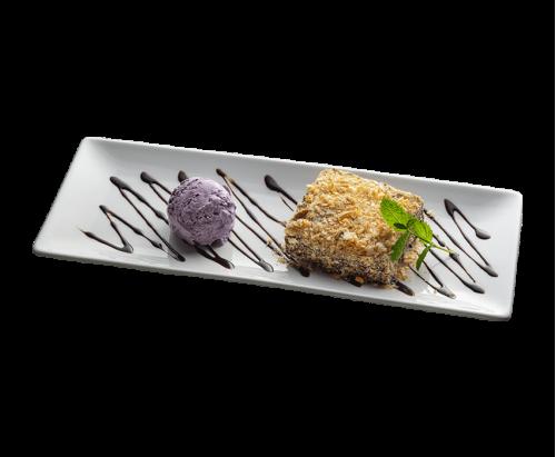 Багратіоні з чорничним морозивом